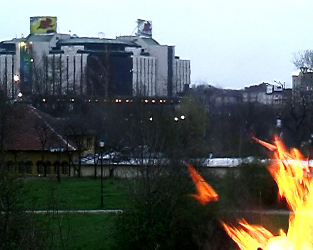 michel_couturier-Bonfire_Sofia