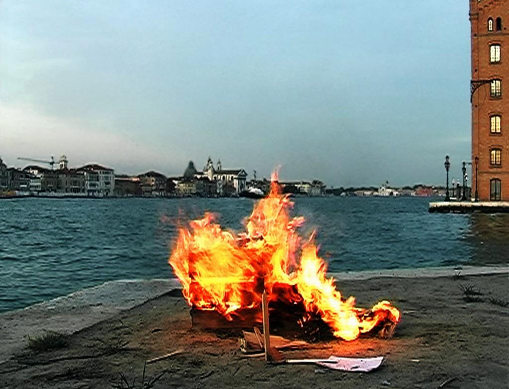 michel_couturier-Bonfire_venise